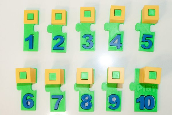 NUMBER PUZZLE TOY BY PLAY LEARN CONNECT